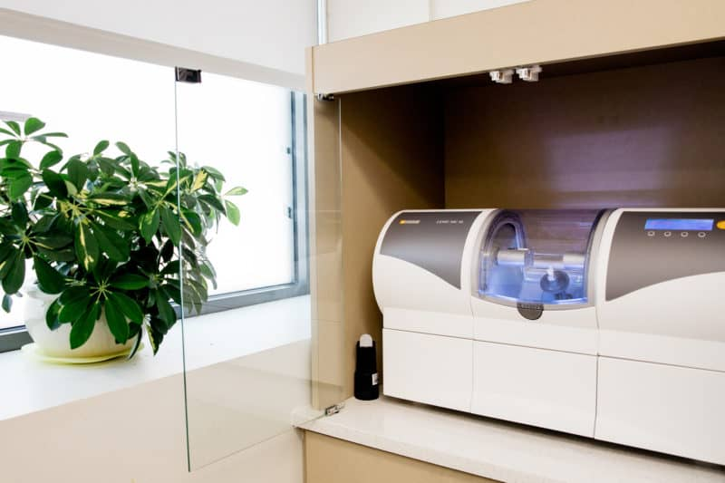 High-tech equipment used at PoloPark Dental Centre